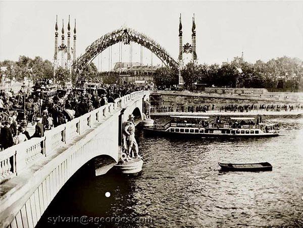 Les Expositions Universelles De Paris De 1855 A 1937